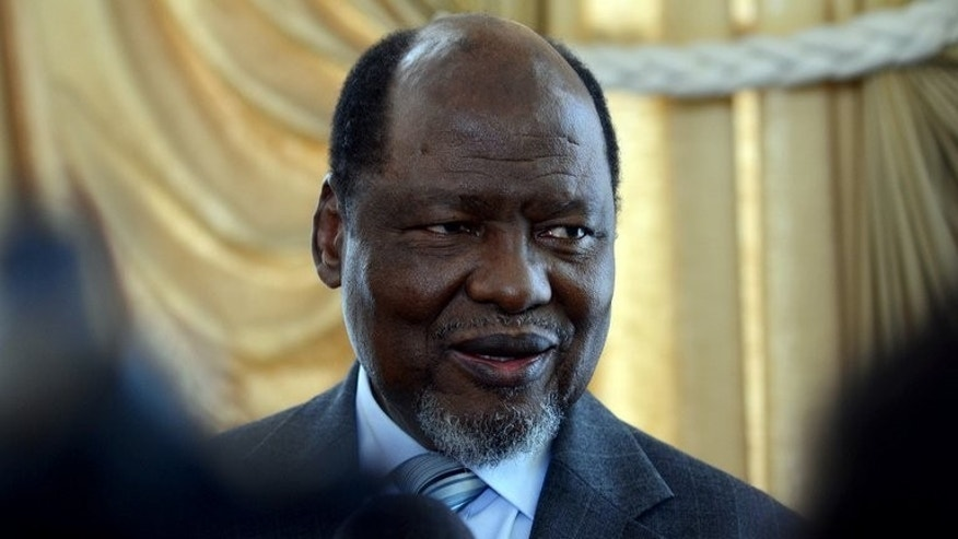 Former Mozambican President Joaquim Chissano speaks on May 5, 2013 in Antananarivo. Now a regional mediator in Madagascar's political crisis, Chissano on Saturday warned three controversial presidential candidates to withdraw from running in the vote or face sanctions.
