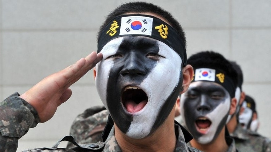 This file photo shows South Korean soldiers during an anti-terror drill in Incheon, on June 13, 2013. S.Korea's defence ministry said on Monday it has ordered its staff to install a smartphone application that restricts key functions like the camera in an attempt to prevent military leaks.