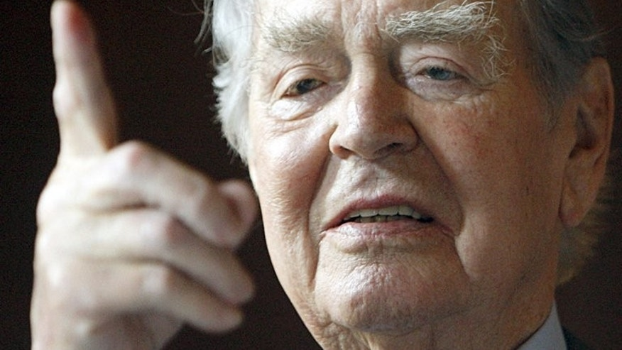 A picture taken on June 11, 2008 shows Berthold Beitz, patriarch of industry giant ThyssenKrupp, at a press conference in Essen, Germany. Bertold Beitz died on July 30, 2013 at the age of 99, ThyssenKrupp said.