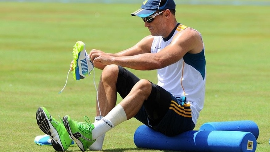 Faf du Plessis at a practice session in Colombo on Thursday. South Africa's captain won the toss and elected to bat in the first Twenty20 international against Sri Lanka in Colombo on Friday.