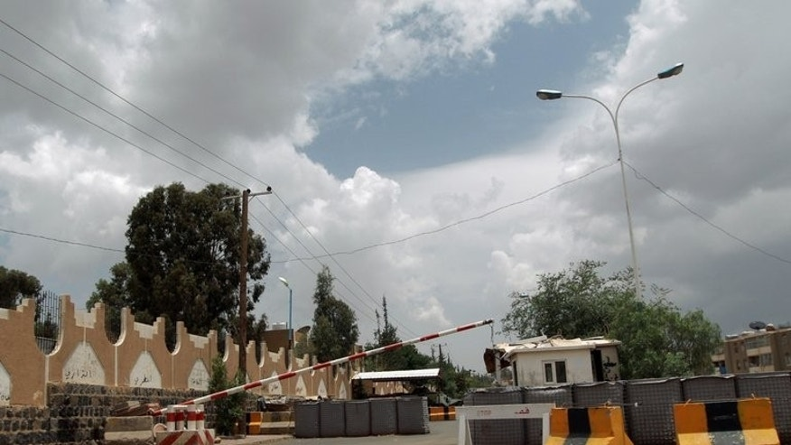 A checkpoint leading to the US embassy compound in the Yemeni capital Saana is seen on August 3, 2013. Security was tight at US missions around the Arab world as Washington held urgent talks on an Al-Qaeda threat that prompted it to close 22 embassies and consulates.