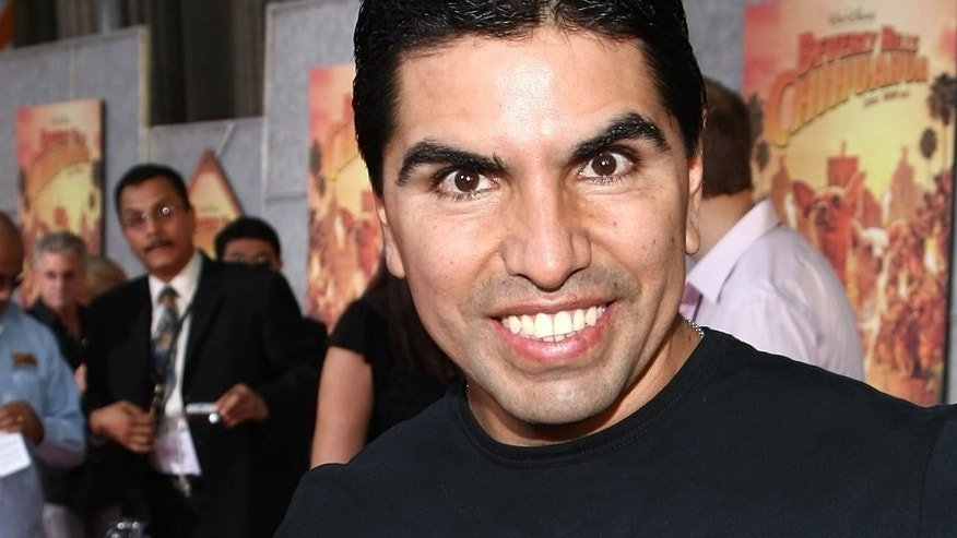 "HOLLYWOOD - SEPTEMBER 18:  Radio personality Eddie ""Piolin"" Sotelo arrives at the world premiere of Walt Disney Pictures' ""Beverly Hill Chihuahua"" held at the El Capitan Theatre on September 18, 2008 in Hollywood, California.  (Photo by Alberto E. Rodriguez/Getty Images)"