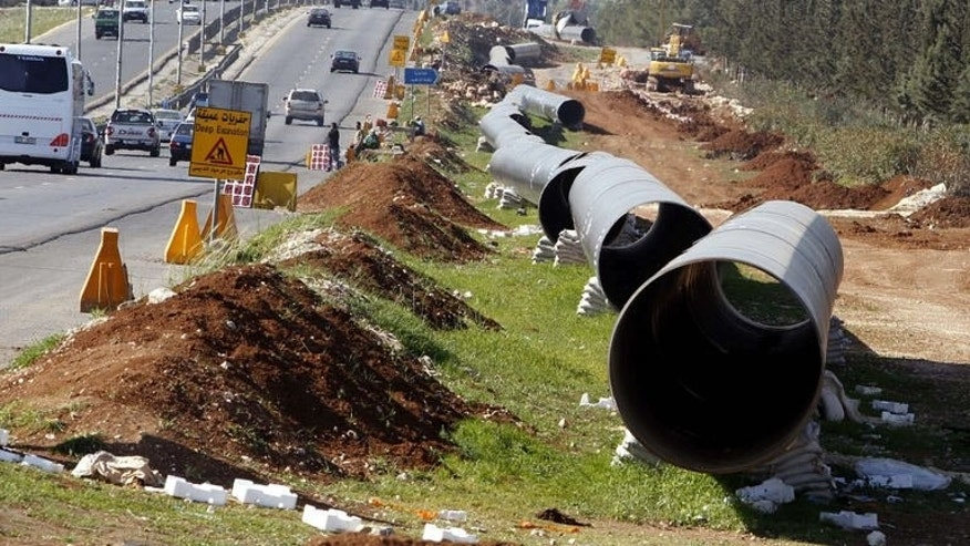 An under construction pipe line on March 30, 2011 near Amman. Jordan said on Monday it plans to build parts of a project linking the Red Sea to the shrinking Dead Sea that would supply the parched country with desalinated water.