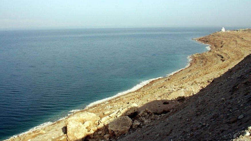 The drying shores of the Dead Sea, south of the Jordanian capital Amman, on November 9, 2009. Jordan said on Monday it plans to build parts of a project linking the Red Sea to the shrinking Dead Sea that would supply the parched country with desalinated water.
