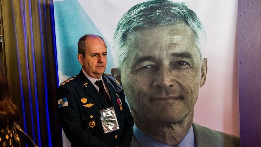 A portrait of the late UN special representative to Iraq, Sergio Vieira de Mello, on August 19, 2013 in Rio de Janeiro. The UN has failed to properly investigate the devastating truck bombing that destroyed its mission in Baghdad 10 years ago and killed envoy Sergio Vieira de Mello, his former partner charged Monday.