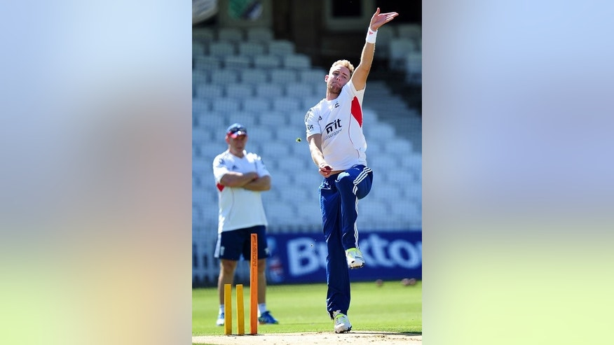 England's Stuart Broad bowls during a training session at The Oval cricket ground in London on August 20, 2013, ahead of the fifth Ashes Test match against Australia.