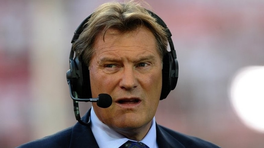 Former England football manager Glenn Hoddle, pictured in Lisbon on March 27, 2012, has demanded the British government and the English Football Association take action to limit the number of foreign players in the Premier League.
