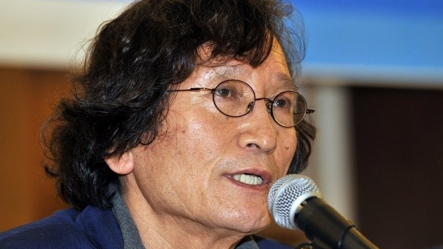 "Director Chung Ji-Young at a press conference on Megabox's decision to stop screening ""Project Cheonan"", September 9, 2013. South Korea's film community reacted angrily Monday to a major cinema chain's decision to stop screening a documentary that questions whether North Korea was really behind the 2010 sinking of Cheonan."