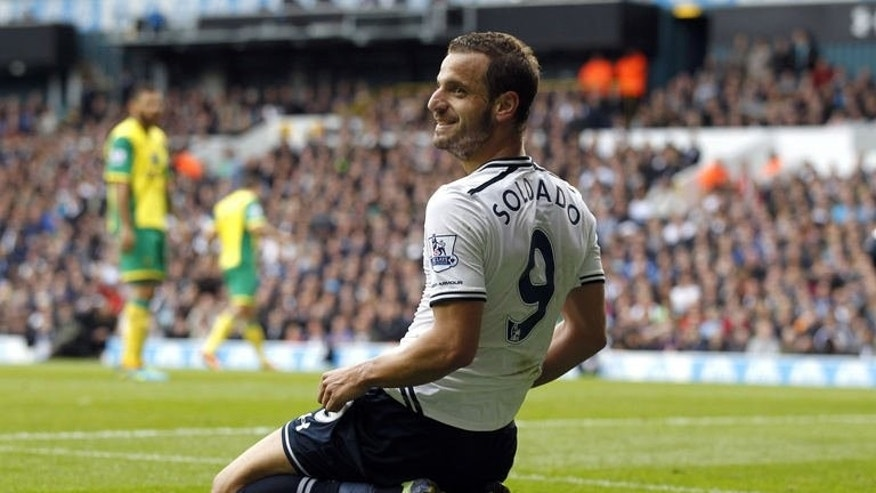 Tottenham Hotspur's Roberto Soldado is pictured during the English Premier League football match between Tottenham Hotspur and Norwich City at White Hart Lane in north London on September 14, 2013. Spurs won 2-0.
