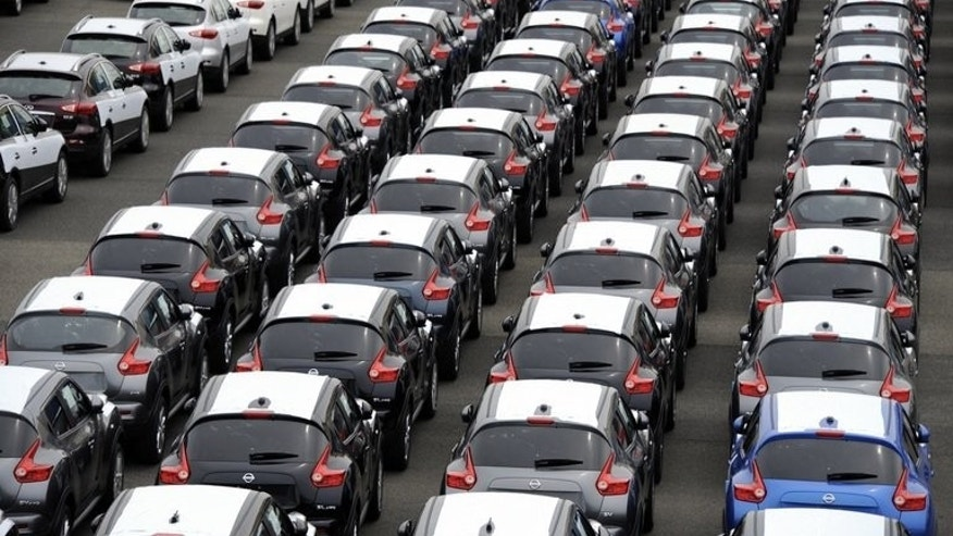 A strong global demand for vehicles has helped Japan's export market, with the value of shipments rising 14.7 percent.