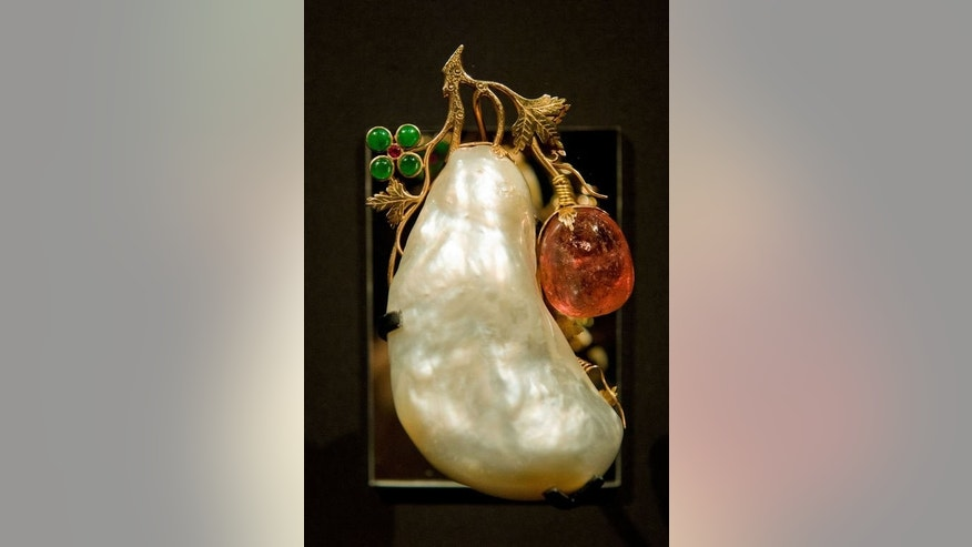 "The Pearl of Asia is displayed in the V&A's ""Pearls"" exhibition in west London on September 18, 2013."