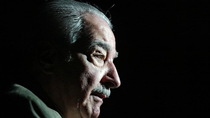 Alvaro Mutis, an award-winning Colombian poet, essayist and novelist influential throughout the Spanish-speaking world, has died in Mexico City.
