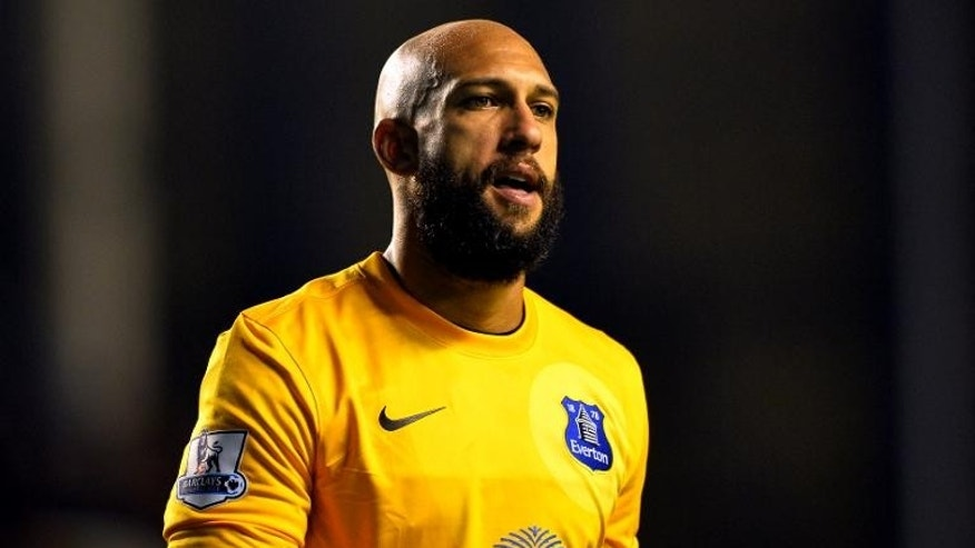 Everton's US goalkeeper Tim Howard plays during the English Premier League football match between Everton and Newcastle United at Goodison Park in Liverpool, northwest England, on September 30, 2013