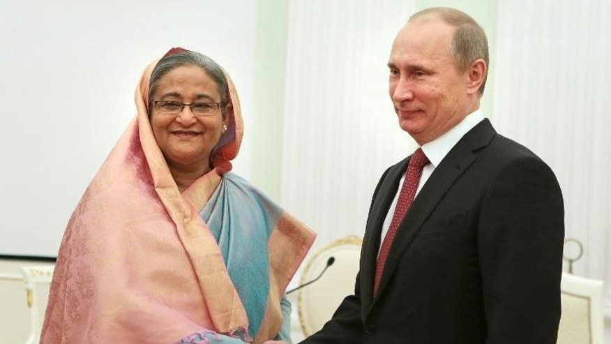 Russia President Vladimir Putin (right) shakes hands with Bangladesh Prime Minister Sheikh Hasina during their meeting in Moscow, on January 15, 2013