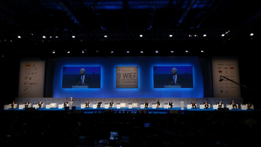 Malaysian Prime Minister Najib Razak addresses the delegates during the 9th World Islamic Economic Forum at the ExCeL exhibition and convention centre in London, Tuesday, Oct. 29, 2013. (AP Photo/Sang Tan)