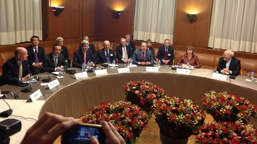 The parties to the P5+1/Iran talks in Geneva, Switzerland (Pool Photo)