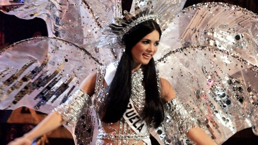 Monica Spear competes at the Miss Universe pageant in Bangkok, Thailand, in May 2005.