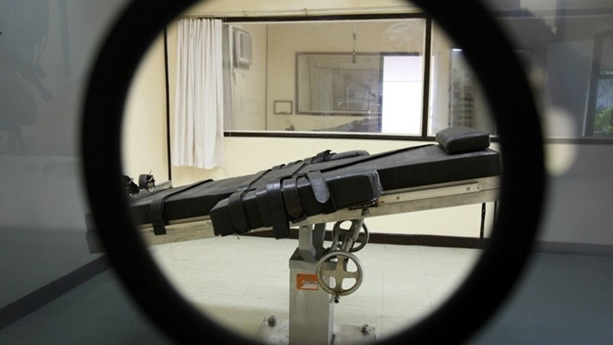 FILE 2006: A view of the lethal injection chamber.
