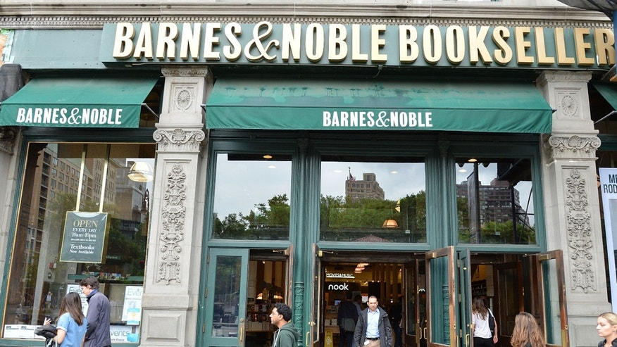 NEW YORK, NY - JUNE 05: Atmosphere outside Barnes & Noble Union Square on June 5, 2014 in New York City.  (Photo by Slaven Vlasic/Getty Images)