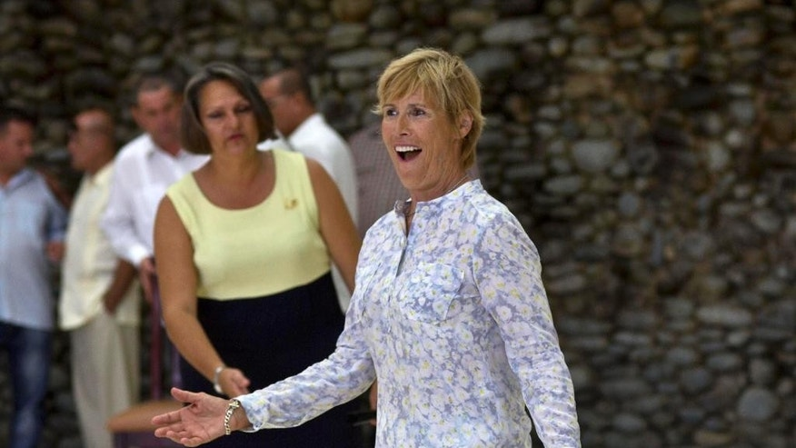 U.S. endurance swimmer Diana Nyad arrives for a ceremony where she will receive Cuba's The Order of Sporting Merit medal in Havana, Cuba, Saturday, Aug. 30, 2014. Nyad is the first swimmer to swim the crossing between Cuba and Florida without flippers or a shark cage for protection. Nyad made four previous attempts; first in 1978, and three times in 2011 and 2012. (AP Photo/Ramon Espinosa)