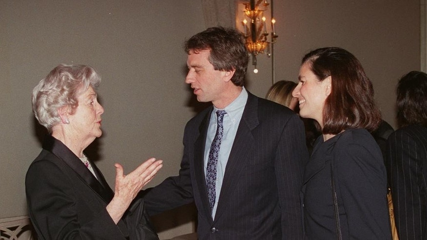 FILE - A Monday, Jan. 22, 1996 photo from files showing Deborah, Duchess of Devonshire, left, talking with Robert Kennedy Jr., center, and his wife Mary Richardson Kennedy, at a benefit for the Royal Oak Foundation, an affiliate of the National Trust of England, Wales and Northern Ireland, in New York. The last of the famous Mitford sisters, the Dowager Duchess of Devonshire, has died at the age of 94, her son has said, Wednesday, Sept. 24, 2014. (AP Photo/Trudye Connolly, File)