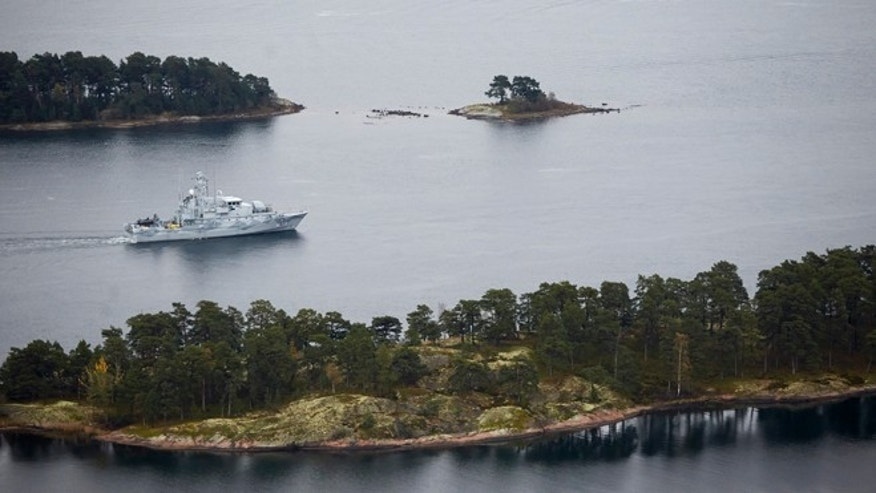 Oct. 19 2014: Swedish Navy  minesweeper HMS Koster patrols in the Stockholm Archipelago, Sweden