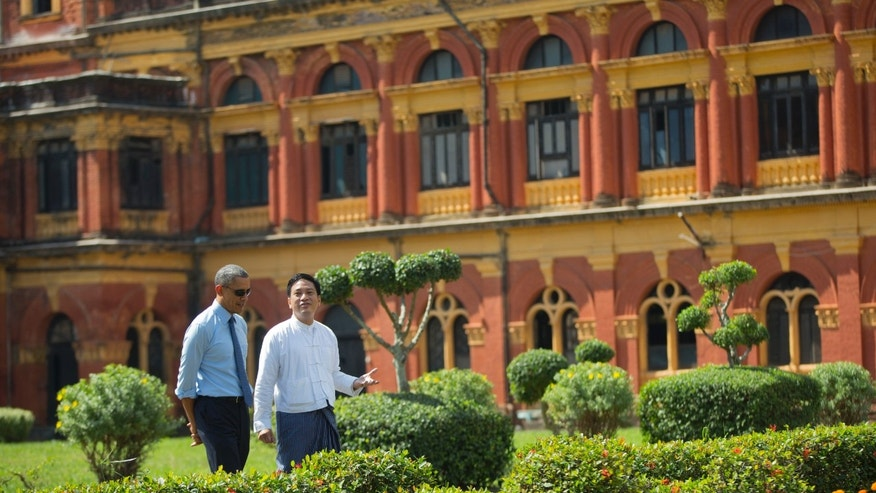 Nov. 14, 2014: U.S. President Barack Obama tours the Secretariat Building with Than Myint, Founder and President of Yangon Heritage Trust