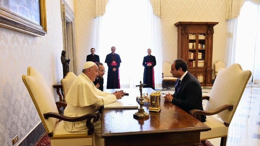 Pope Francis meets Egyptian President Abdel-Fattah el-Sissi, at the Vatican, Monday, Nov. 24, 2014. (AP Photo/Gabriel Bouys, Pool)