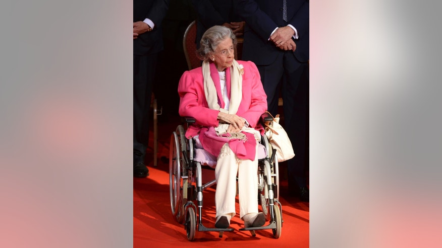 In this July 21, 2013 file photo, Belgium's Queen Fabiola attends a church service at the St. Gudule cathedral in Brussels. Queen Fabiola, wife of former King Baudouin died at the age of 86 on Friday, Dec. 5, 2014. (AP Photo/Geert Vanden Wijngaert, file)