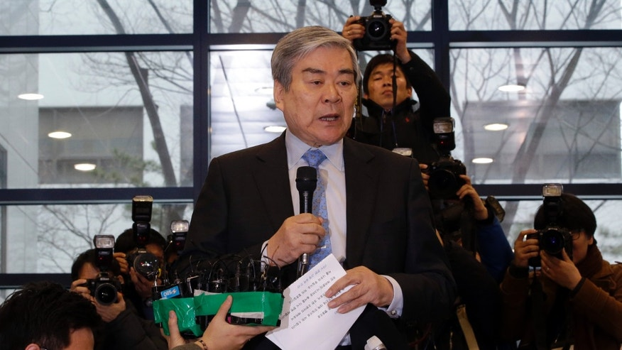 Dec. 12, 2014: Korean Air chairman Cho Yang-ho, speaks to the media about an apology at its head office in Seoul, South Korea