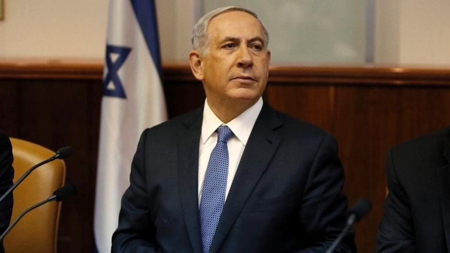 Israel's Prime Minister Benjamin Netanyahu chairs the weekly cabinet meeting in Jerusalem, Sunday, Feb. 1, 2015. (AP Photo/Gali Tibbon, Pool)