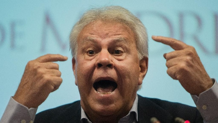 Spain's former Prime Minister Felipe Gonzalez speaks during a press conference on Venezuela's political situation in Madrid, Spain, Wednesday, July 1, 2015. (AP Photo/Andres Kudacki)