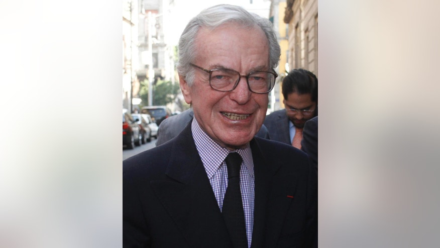 In this March 25, 2014 photo, Mexican journalist and TV anchorman Jacobo Zabludovsky, smiles as he arrives at the Journalists Club of Mexico in Mexico City. Zabludovsky, a journalist who for decades was seen as a symbol of the tight links between Mexico's government and press, died Thursday, July 2, 2015, at the age of 87. Zabludovsky anchored Mexico's most-viewed evening news program for almost three decades, until 1998, covering the nation's tragedies but also reflecting a solidly pro-government political line while working for a the dominant Televisa network. (AP Photo/Jose Melton)