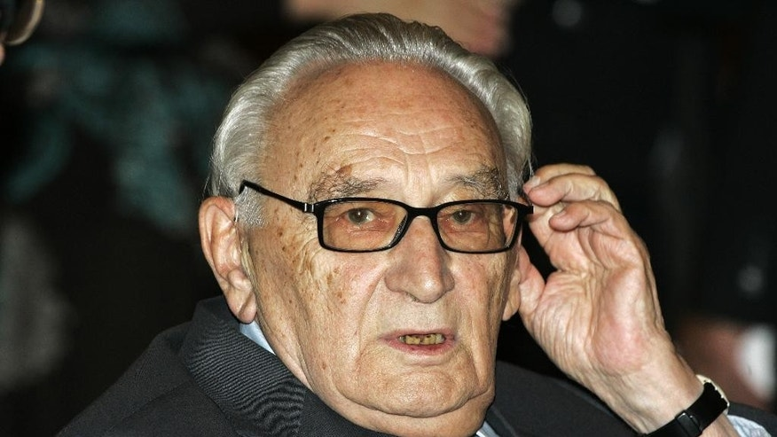 FILE - The Oct. 16, 2007 file photo shows former German Social Democratic politician Egon Bahr in Berlin. German magazine Stern reports Thursday, Aug. 20, 2015 that Bahr has died. He was 93.  (AP Photo/Fritz Reiss)