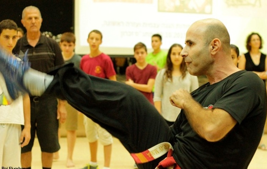 Israelis are flocking to self defense instruction classes such as this one, in Haifa. (Courtesy: Roi Elyashar, Krav Maga Israel)