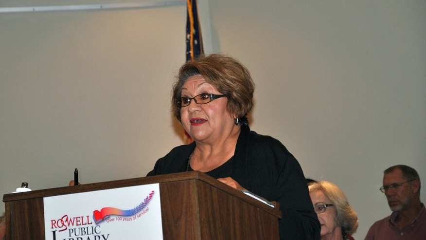 Virginia E. Garcia at a meeting in Roswell, N.M., in favor of naming streets after Cesar Chavez and Martin Luther King Jr.