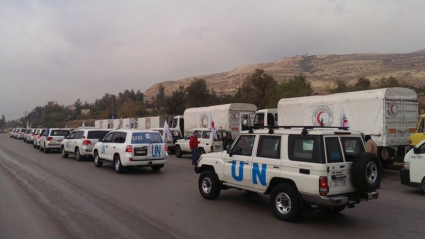 A humanitarian convoy on its way to the besieged Syrian town of Madaya. (Photo: OCHA Syria)