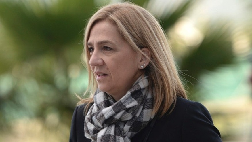 Spain's Princess Cristina arrives at a courthouse in Palma de Mallorca, Spain, Thursday March 3, 2016, to start testifying in a fraud trial that could result in her spending up to eight-years in prison if convicted. Cristina is the sister of King Felipe VI, who took power in 2014 after his father abdicated, and is the first member of Spain's royal family to face criminal charges since the monarchy was restored in 1975. (AP Photo/Joan Llado)