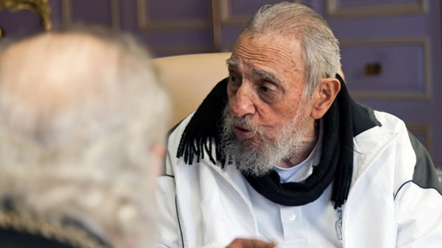 Fidel Castro during a February 2016 meeting with Russian Orthodox Patriarch Kirill.