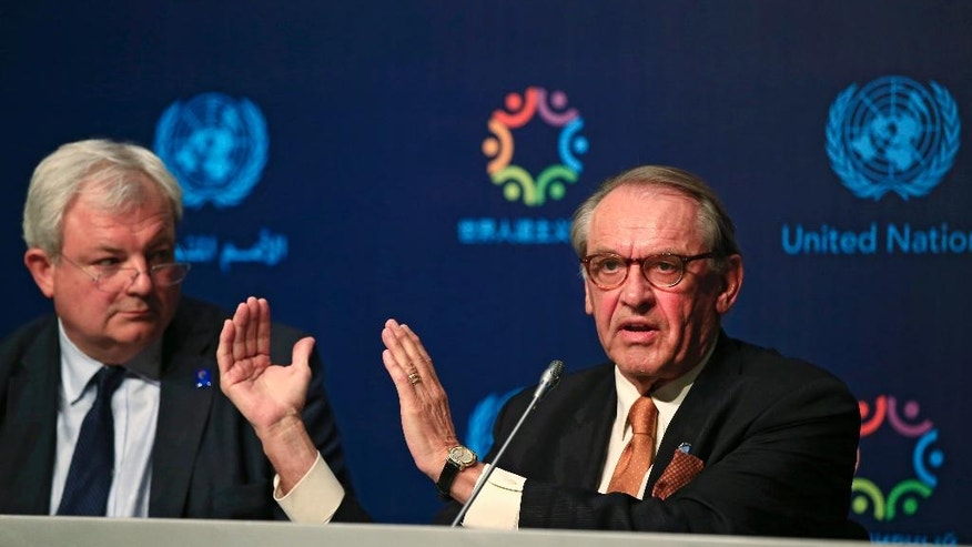 Jan Eliasson, right, UN Deputy Secretary-General, talks as Stephen O'Brien, left, UN Under-Secretary-General for Humanitarian Affairs, looks on during a news conference ahead of the World Humanitarian Summit, in Istanbul, Sunday, May 22, 2016. World leaders and representatives of humanitarian organisations from across the globe converge in Istanbul on May 23-24, 2016 for the first World Humanitarian Summit, focused on how to reform a system many judge broken. (AP Photo/Lefteris Pitarakis)
