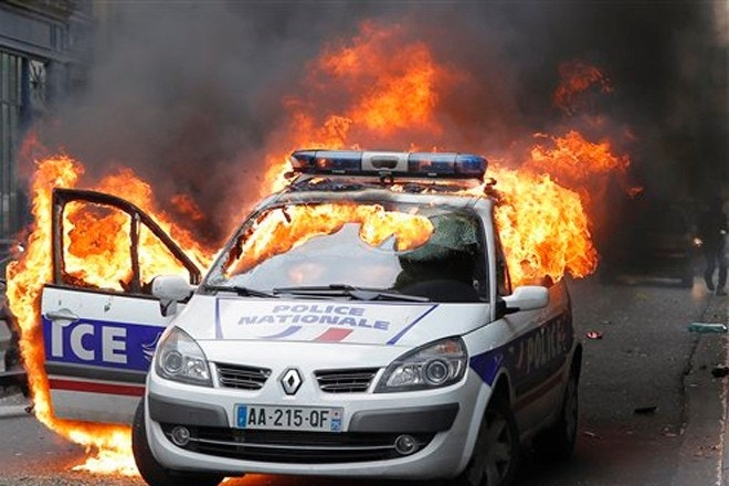 american charged in violent paris police car attack amid protests fox news. Black Bedroom Furniture Sets. Home Design Ideas