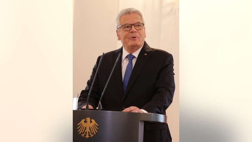 German President Joachim Gauck gives a statement where he announced that we will not run for a second term in Berlin Monday, June 6, 2016. (AP Photo/Michael Sohn)