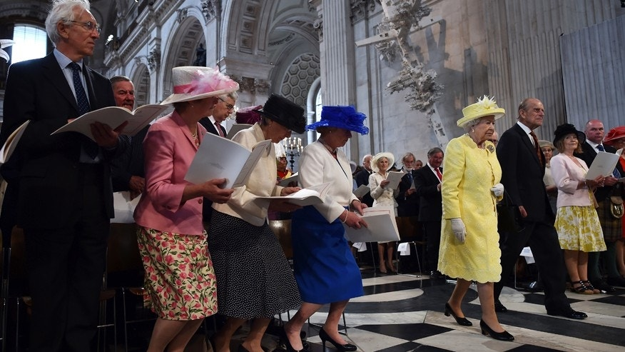 June 10, 2016: Britain's Queen Elizabeth II and Prince Philip arrive for a National Service of Thanksgiving to mark the 90th birthday of Britain's Queen Elizabeth II at St Paul's Cathedral in London.