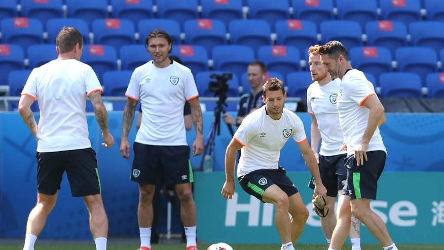 Republic of Ireland players in action during a training session at the Grand Stade in Decines-Charpieu, near Lyon, France, Saturday, June 25, 2016. Republic of Ireland will face France on a Euro 2016 round of 16 soccer match in Decines-Charpieu on Sunday, June 26. (AP Photo/Claude Paris)