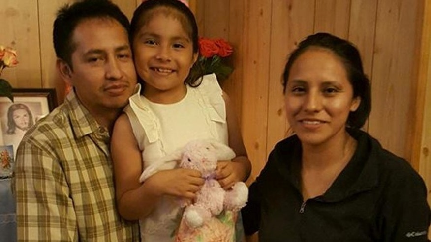Giovani Jimenez, Lucia, and Wendy Uruchi Contreras (Photo courtesy Casa)