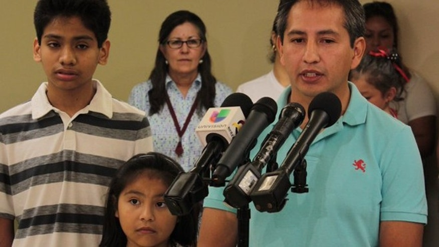 Giovani Jimenez, Lucia, Alex, Wendy Uruchi Contreras (Photo courtesy Casa)