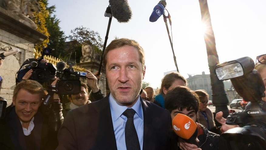 Minister-President of Wallonia, Paul Magnette, speaks with the media during a break in a meeting at the Belgium Prime Minister's residence in Brussels, Wednesday, Oct. 26, 2016. Belgium is stretching talks to convince its region of Wallonia to give the necessary backing to a trade deal between the European Union and Canada into the eve of a summit to sign the landmark agreement.(AP Photo/Thierry Monasse)