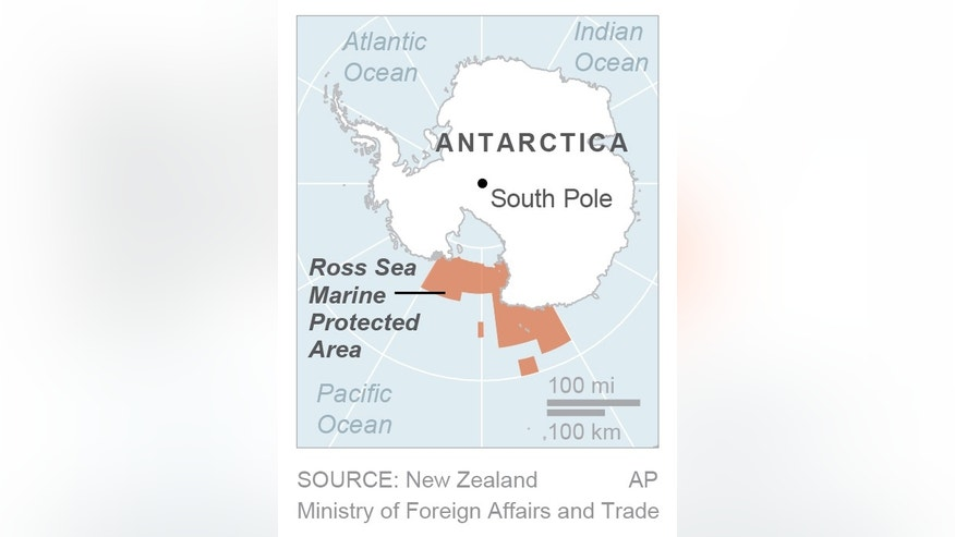 Map locates Ross Sea Marine Protected Area; 1c x 2 1/2 inches; 46.5 mm x 63 mm;