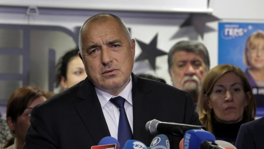 Bulgarian Prime Minister Boiko Borisov announces his resignation, during a press conference in Sofia, Sunday, Nov. 13, 2016. Borisov announced his resignation after exit polls showed his party losing badly in Sunday's runoff presidential election. (AP Photo/Valentina Petrova)