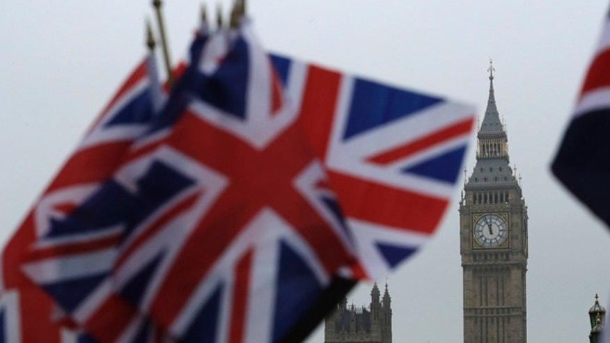 Reluctant MPs clear Brexit bill in House of Commons